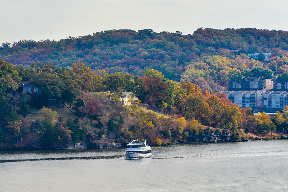 Lake Of The Ozarks Hotel Deals